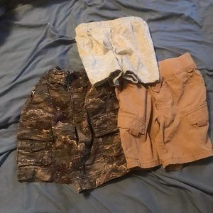 Toddler Boys Size 2T Summer Shorts Lot Of 3.